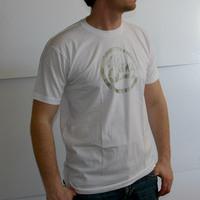 Soma Labelshirt (White / Gold Print)