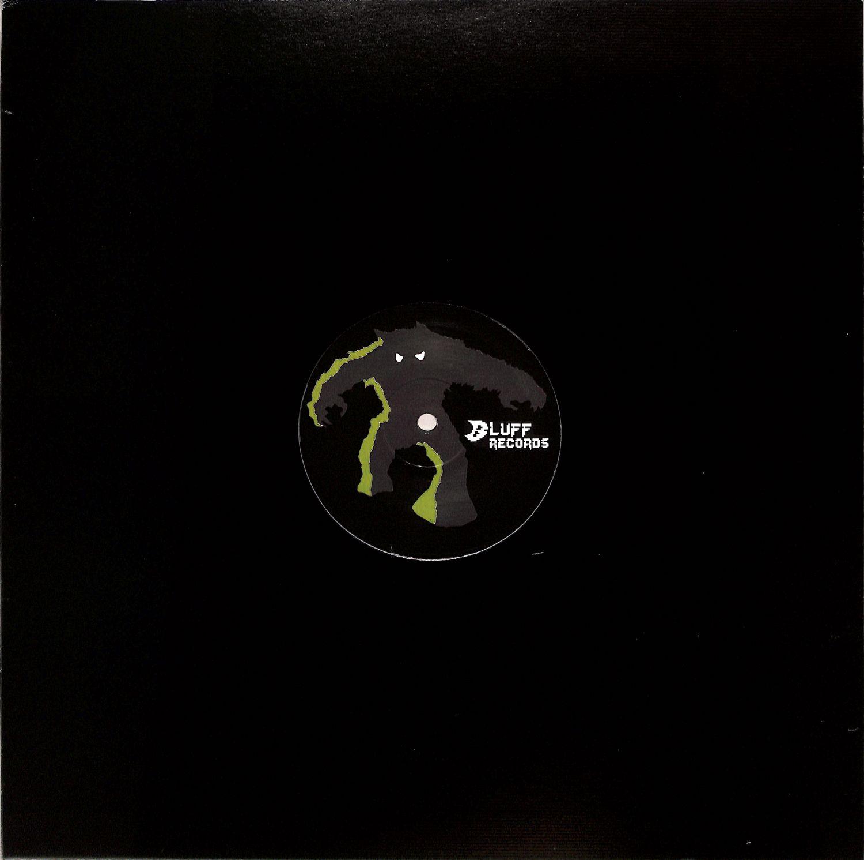Holloway - BLUFF004