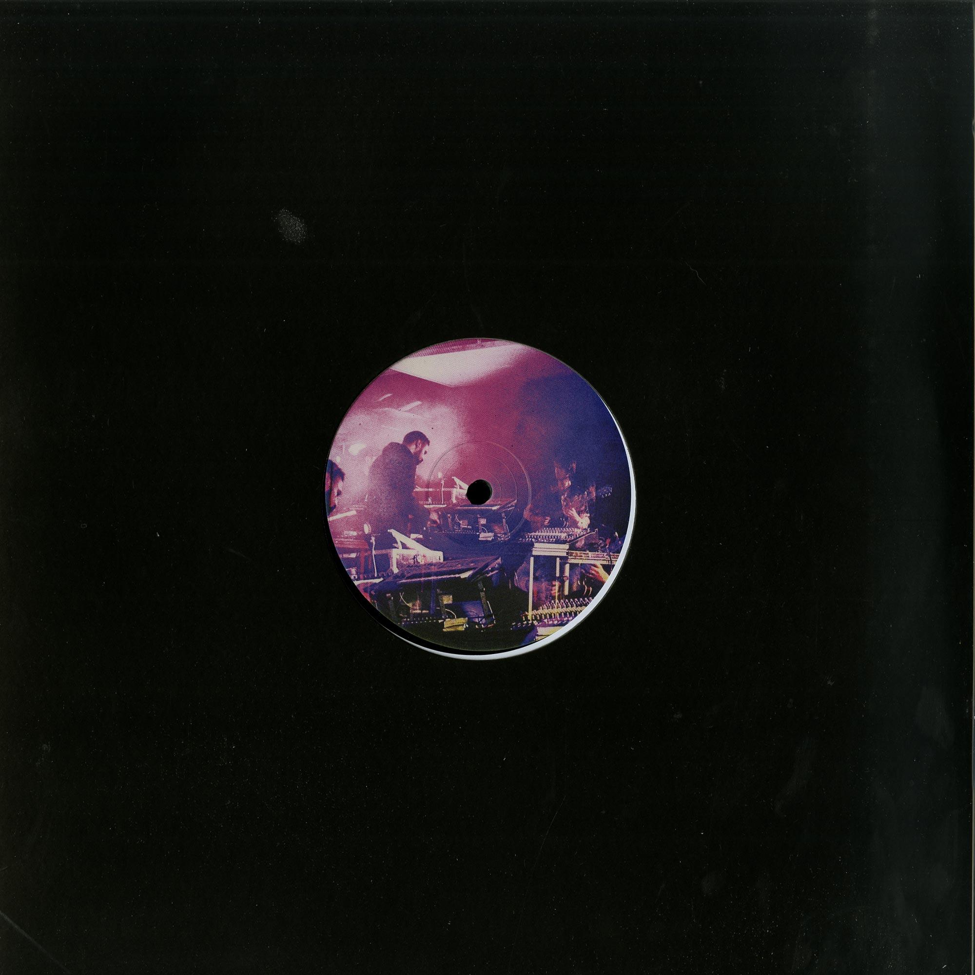 Aybee & Lars Bartkuhn aka The Astral Walkers - PASSAGE EP