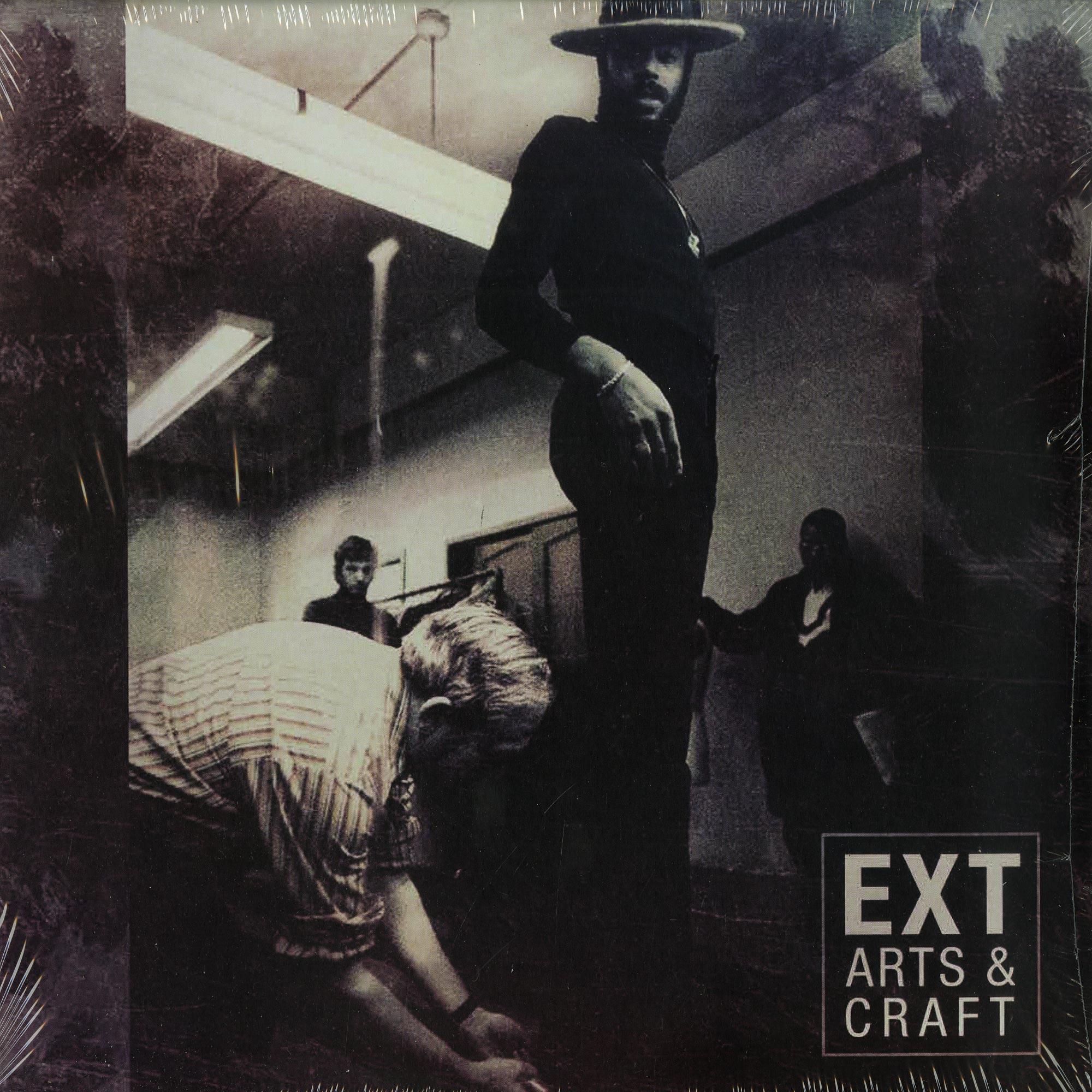 Ext - ARTS & CRAFT