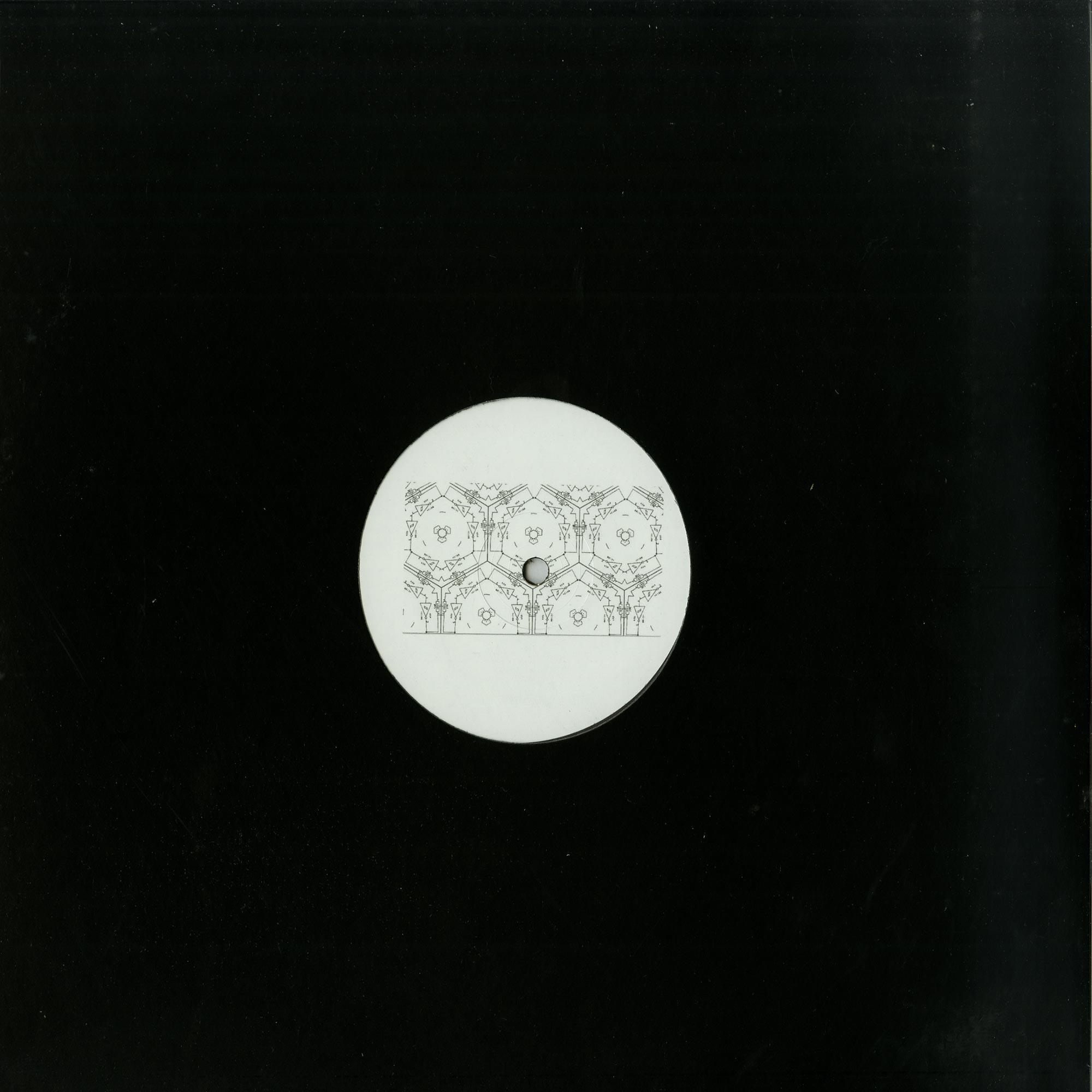 R.ess 048 - CRG77