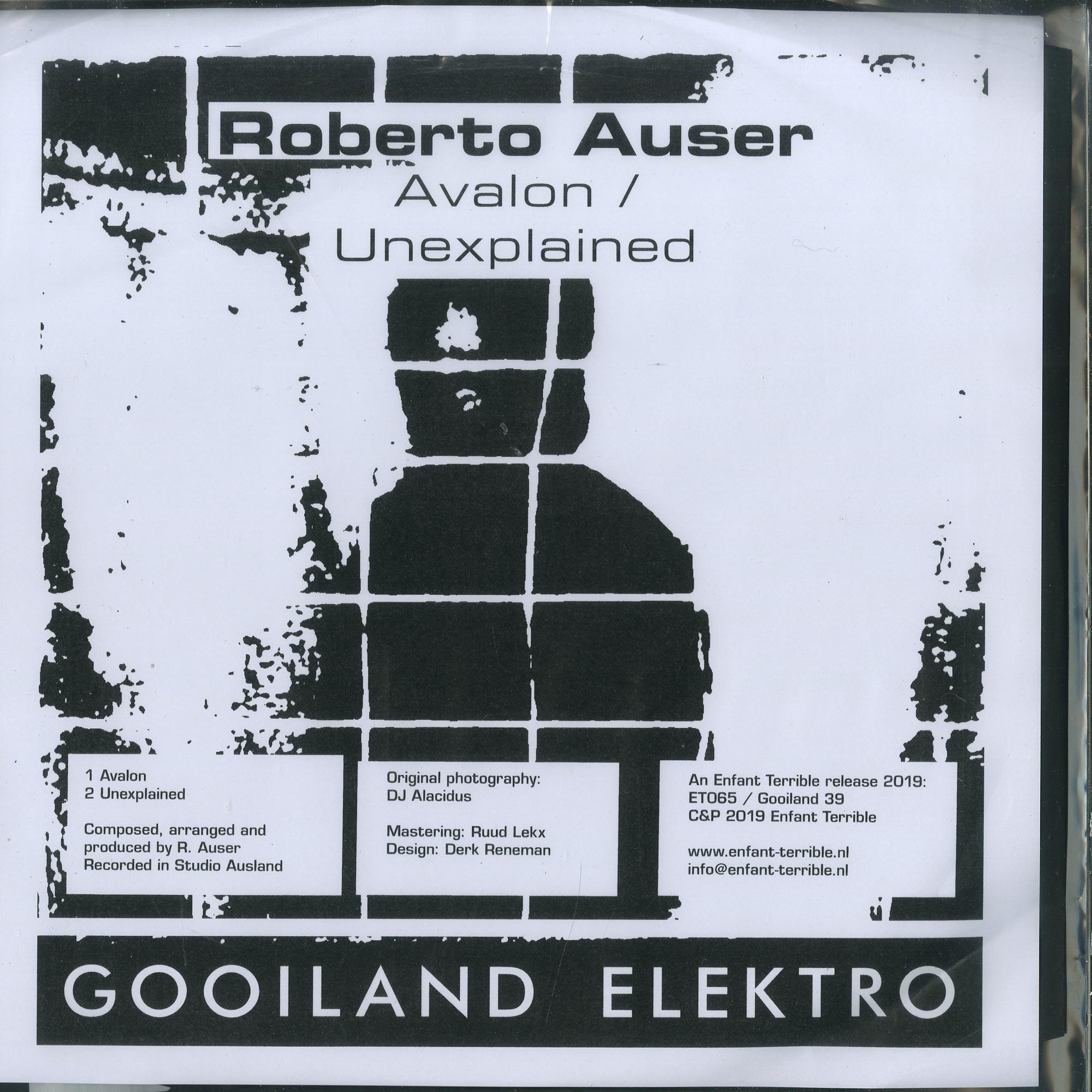 Roberto Auser / Unhuman - UNHUMAN / ROBERTO AUSER
