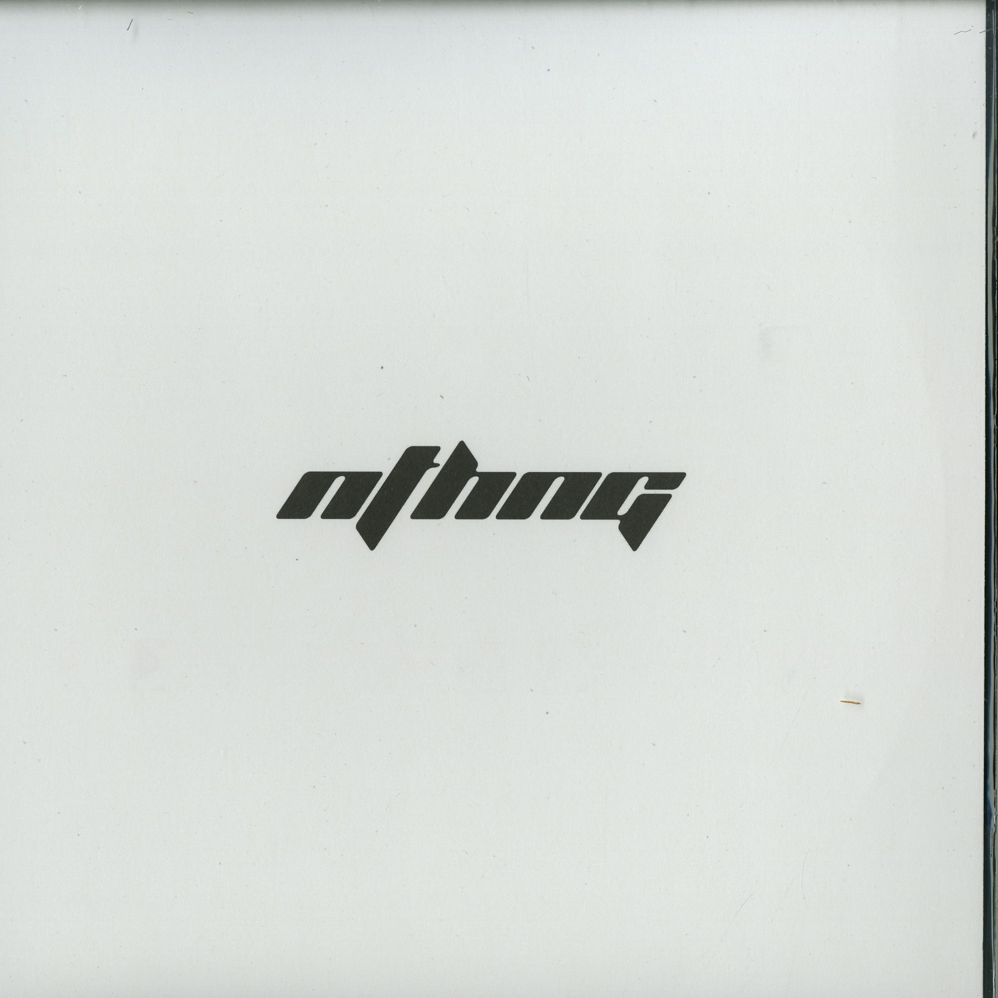nthng - THE TRAVELLER