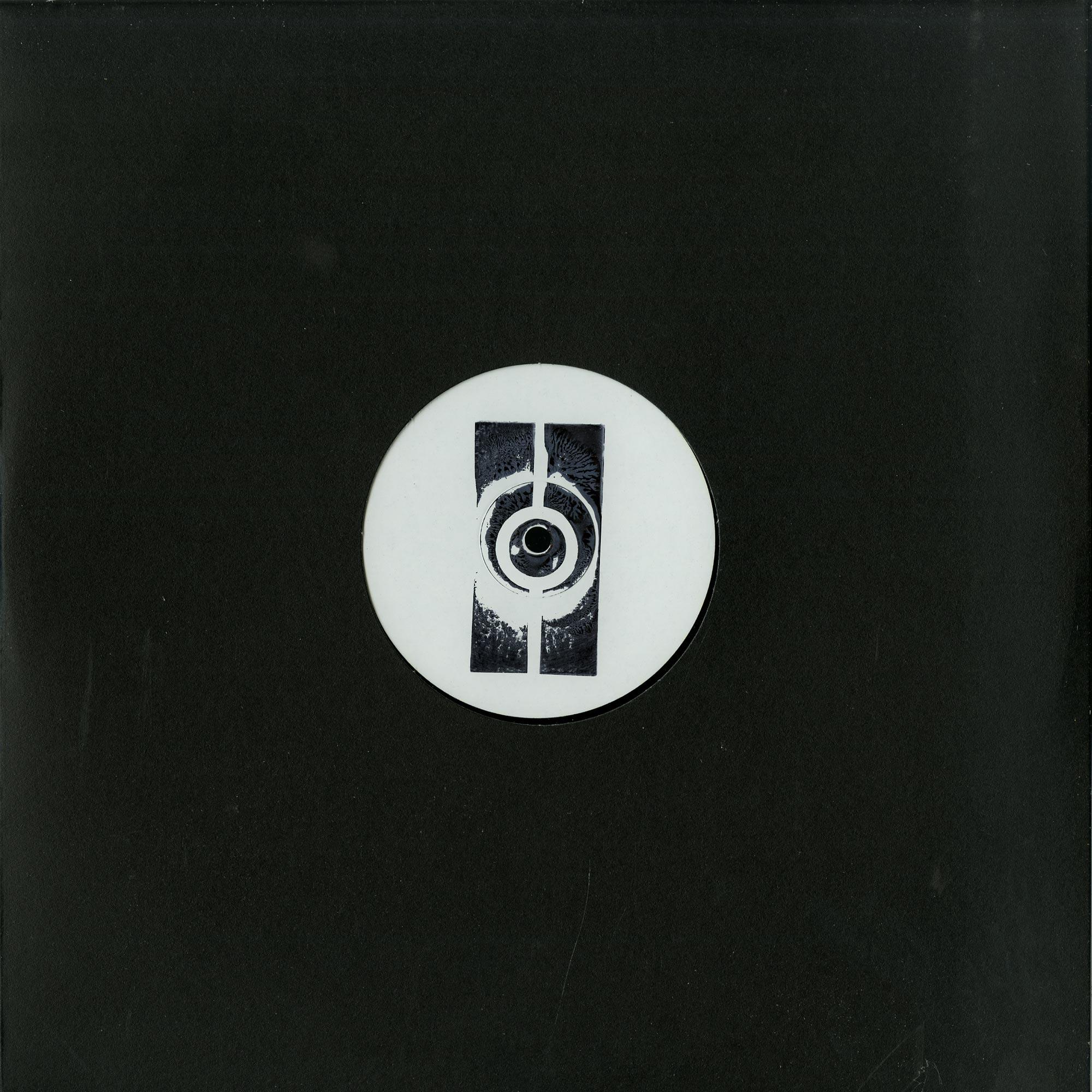 ONYVAA - PASSEPORT006